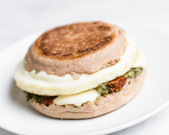 Pesto with Sun-dried Tomato, Mozzarella and Egg Breakfast Sandwich